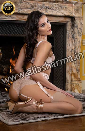 Escorts in Chattarpur