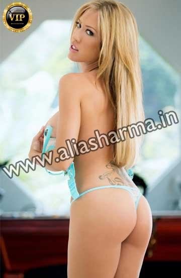 Female Massage in Delhi